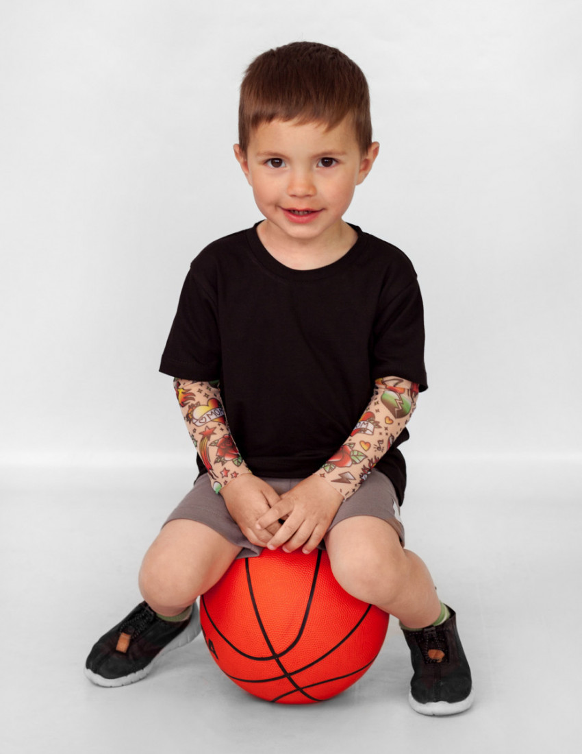 Футболка Дрейк с тату рукавами tattoo style